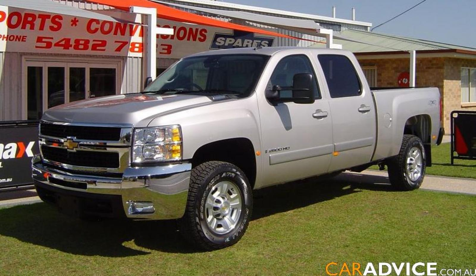 2008 chevrolet silverado 2500hd information and photos zombiedrive. Black Bedroom Furniture Sets. Home Design Ideas