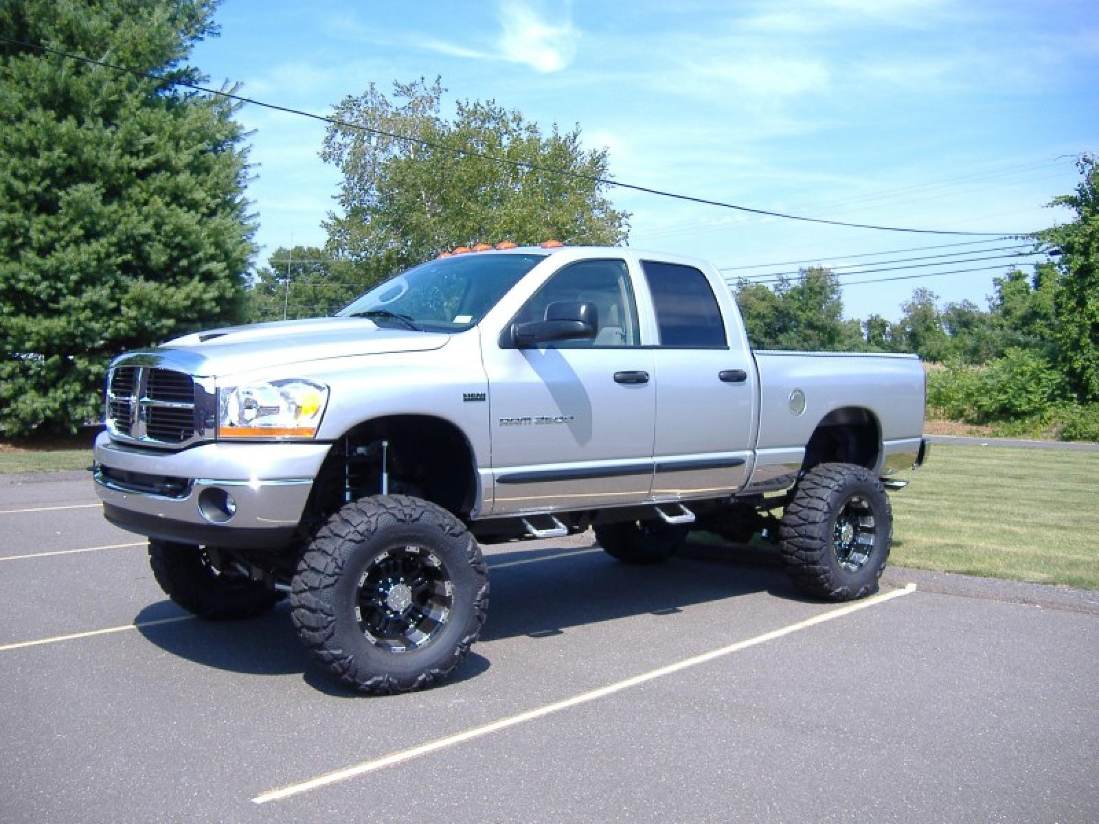 2008 dodge ram pickup 2500 information and photos zombiedrive. Black Bedroom Furniture Sets. Home Design Ideas