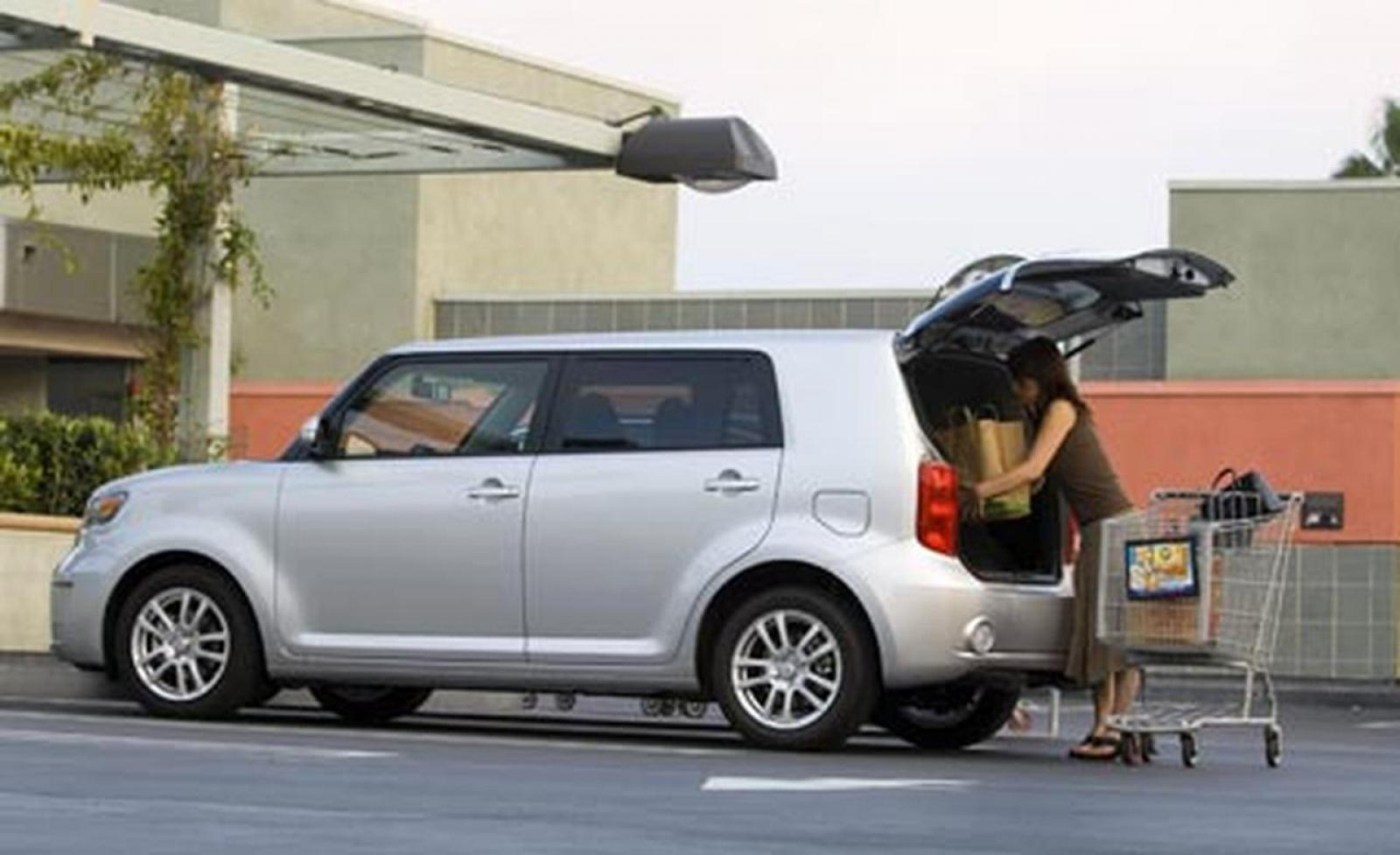 2008 Scion xB - Information and photos - ZombieDrive