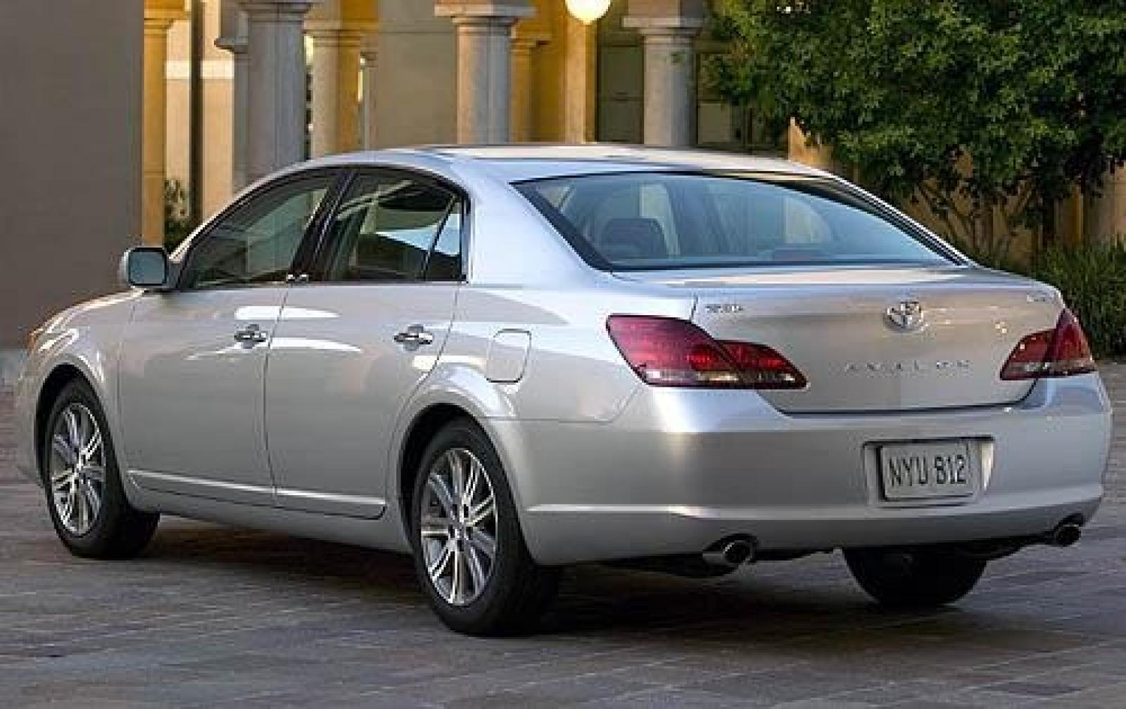 2010 toyota avalon information and photos zombiedrive. Black Bedroom Furniture Sets. Home Design Ideas