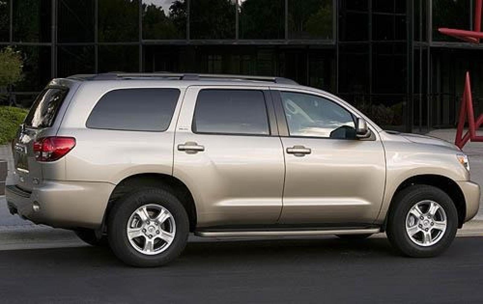 2010 toyota sequoia information and photos zombiedrive. Black Bedroom Furniture Sets. Home Design Ideas