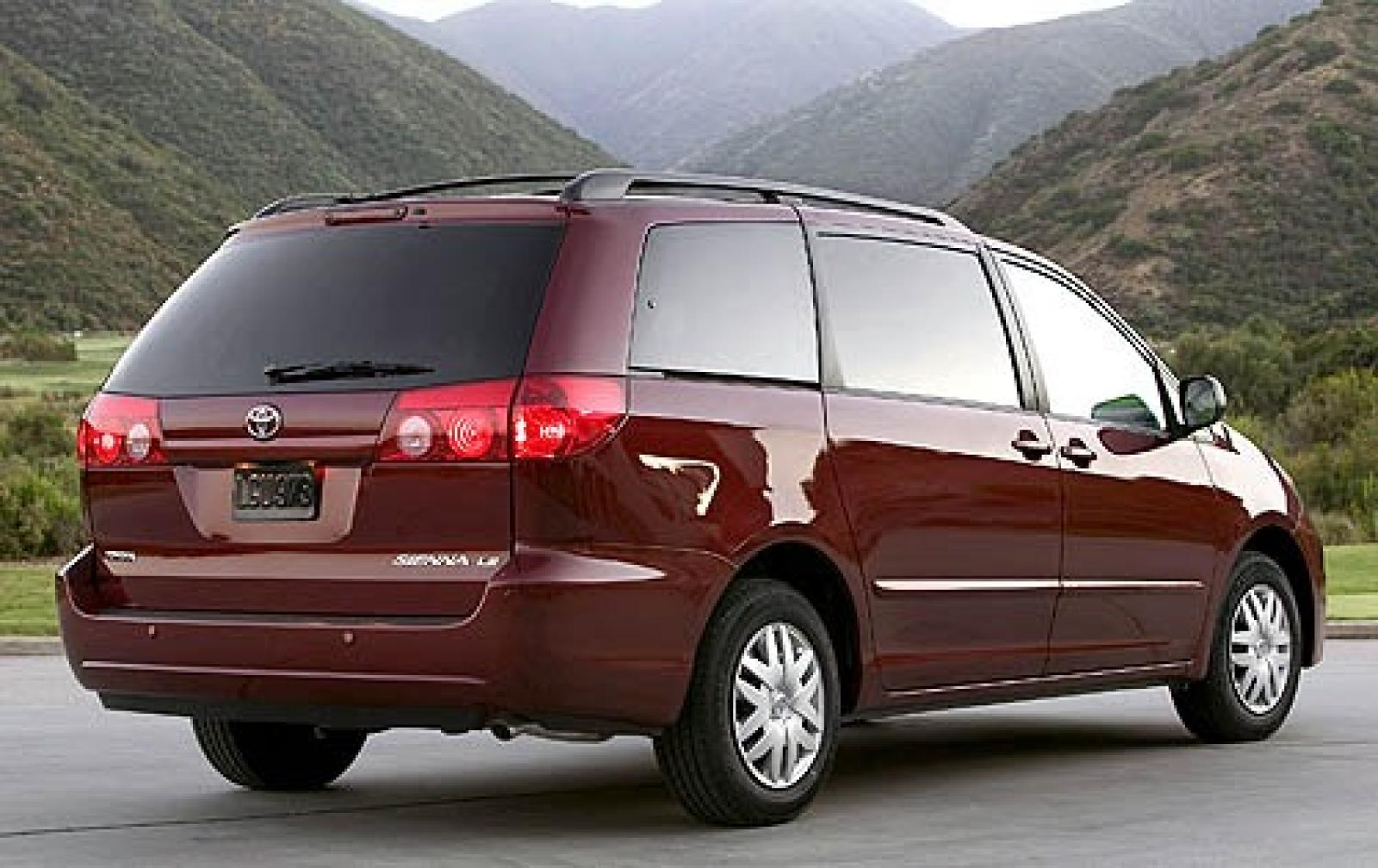 2008 toyota sienna information and photos zombiedrive. Black Bedroom Furniture Sets. Home Design Ideas