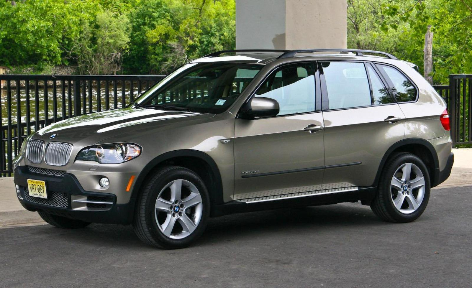 2009 bmw x5 information and photos zombiedrive. Black Bedroom Furniture Sets. Home Design Ideas