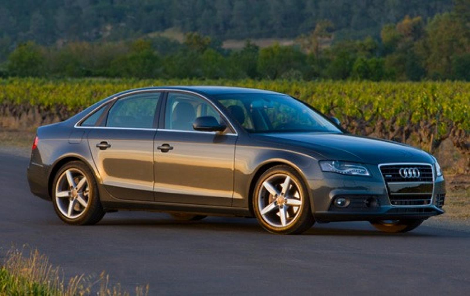 2010 audi a4 information and photos zombiedrive. Black Bedroom Furniture Sets. Home Design Ideas