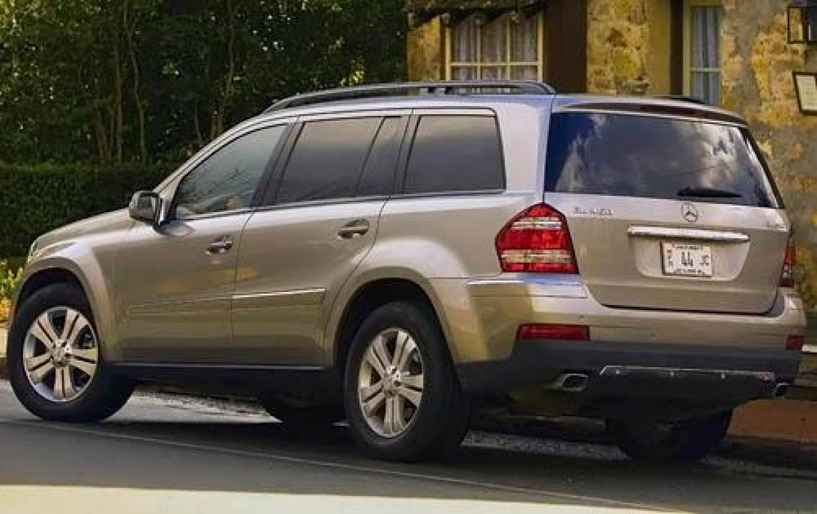 2009 mercedes benz gl class information and photos for Mercedes benz suv 2009