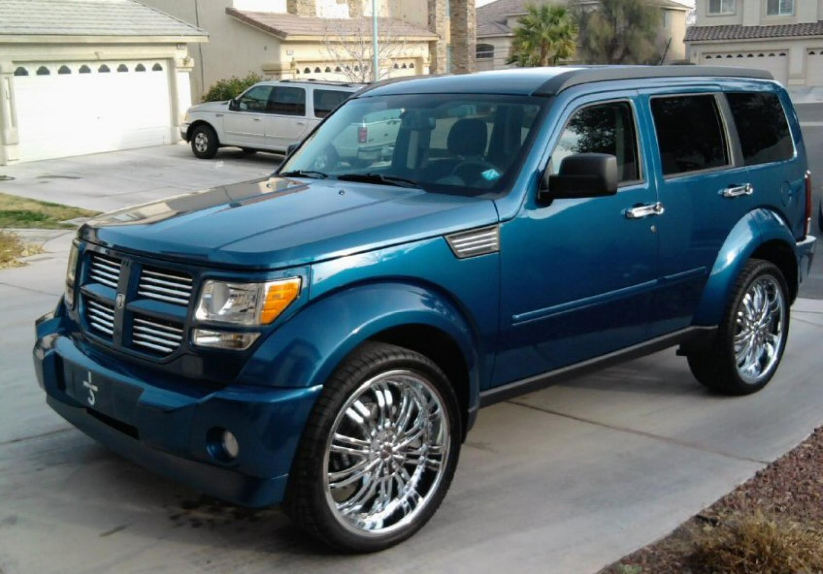 2010 dodge nitro information and photos zombiedrive. Black Bedroom Furniture Sets. Home Design Ideas