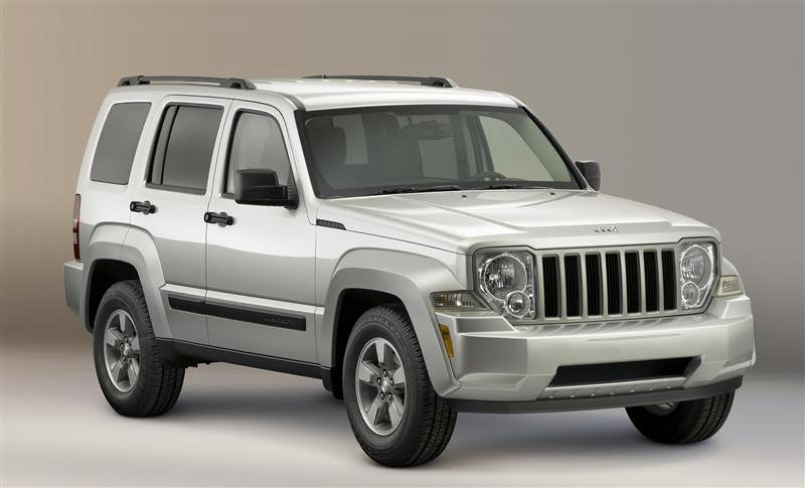 2010 jeep liberty information and photos zombiedrive. Black Bedroom Furniture Sets. Home Design Ideas