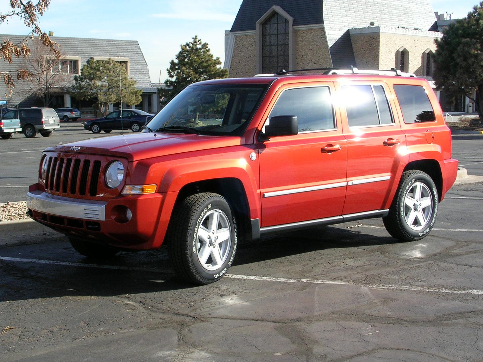 2010 jeep patriot information and photos zombiedrive. Black Bedroom Furniture Sets. Home Design Ideas