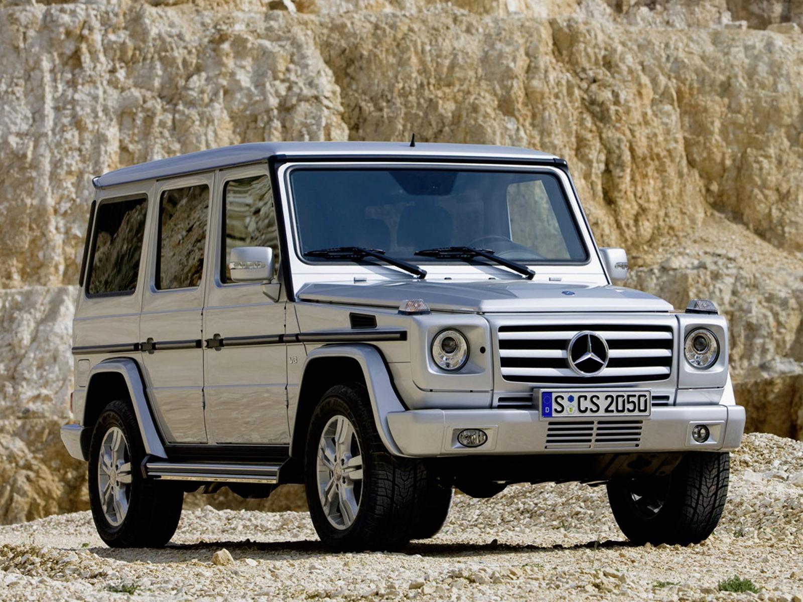 2010 mercedes benz g class information and photos