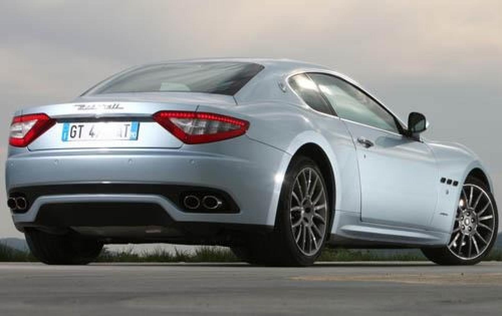 2010 maserati granturismo information and photos zombiedrive. Black Bedroom Furniture Sets. Home Design Ideas