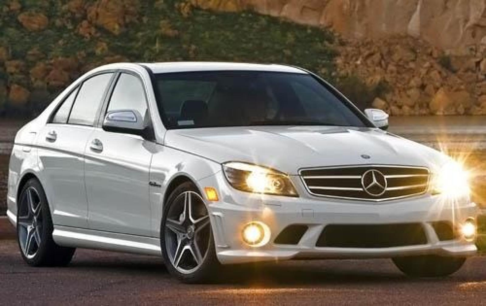 2010 mercedes benz c class information and photos zombiedrive. Black Bedroom Furniture Sets. Home Design Ideas