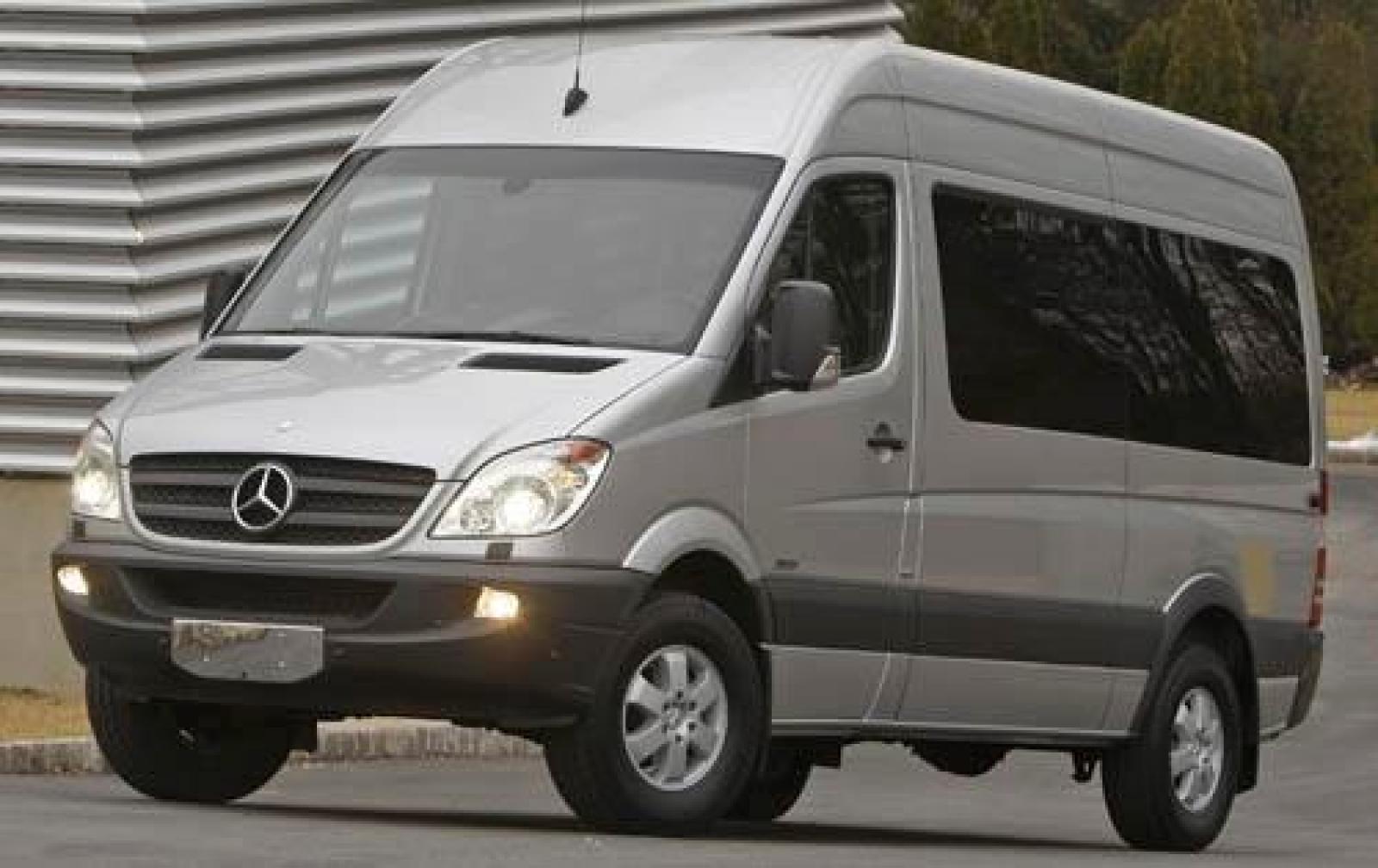 2011 mercedes benz sprinter information and photos for Mercedes benz sprinter towing capacity