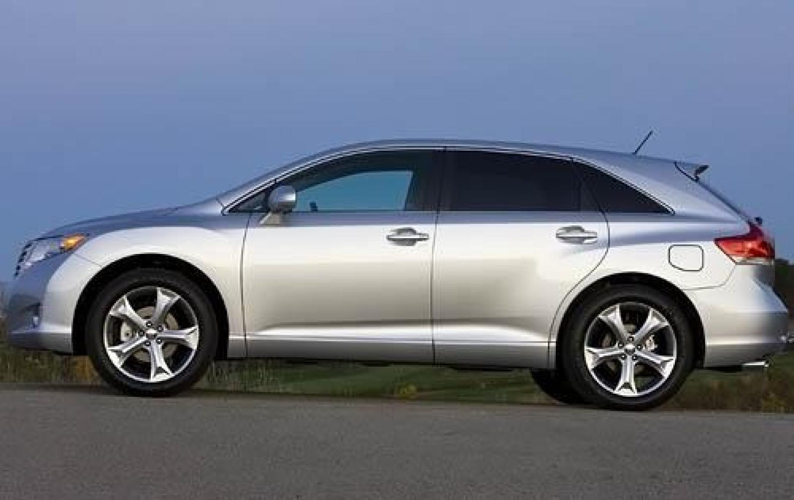 2010 toyota venza information and photos zombiedrive. Black Bedroom Furniture Sets. Home Design Ideas