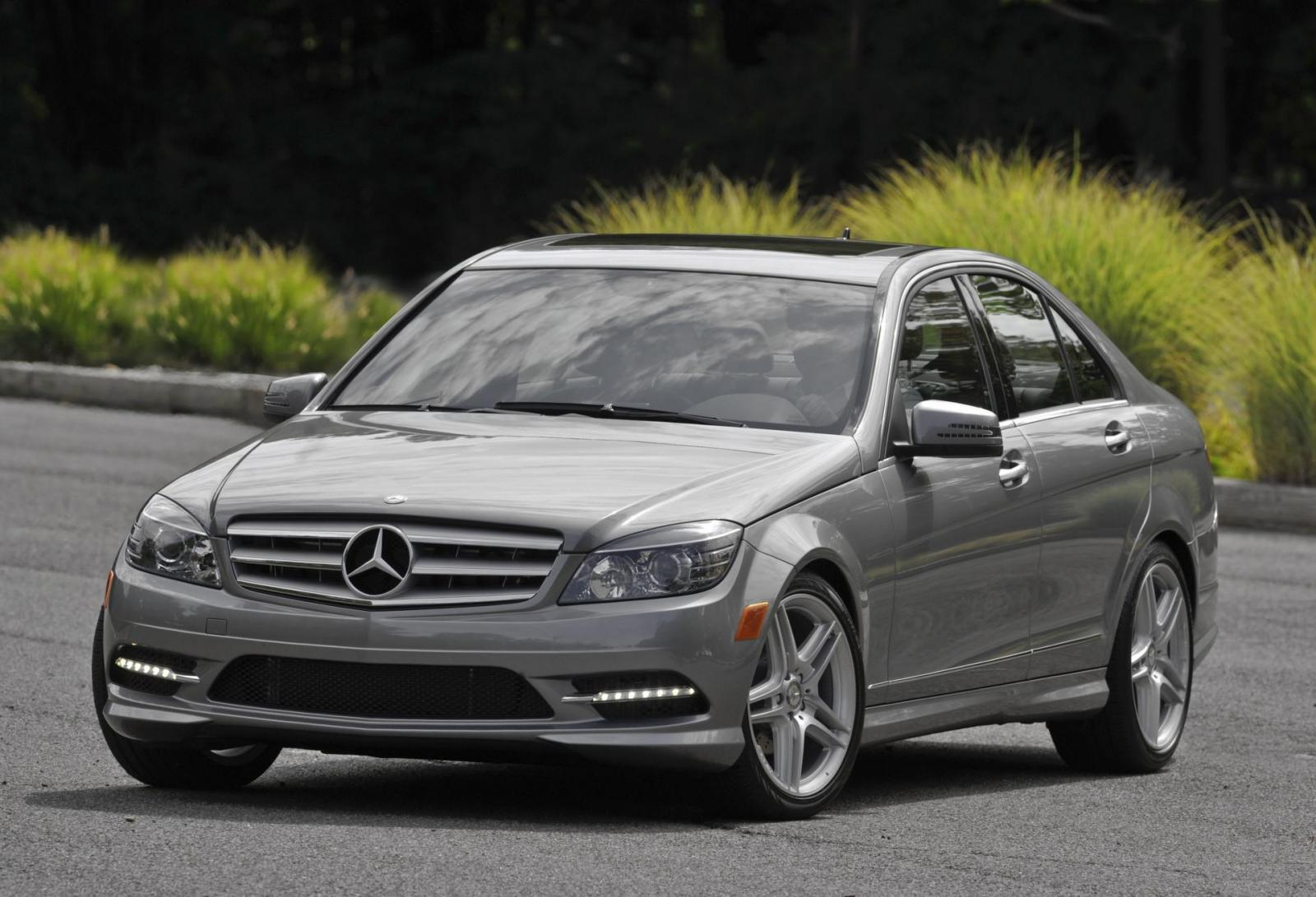 2011 mercedes benz c class information and photos