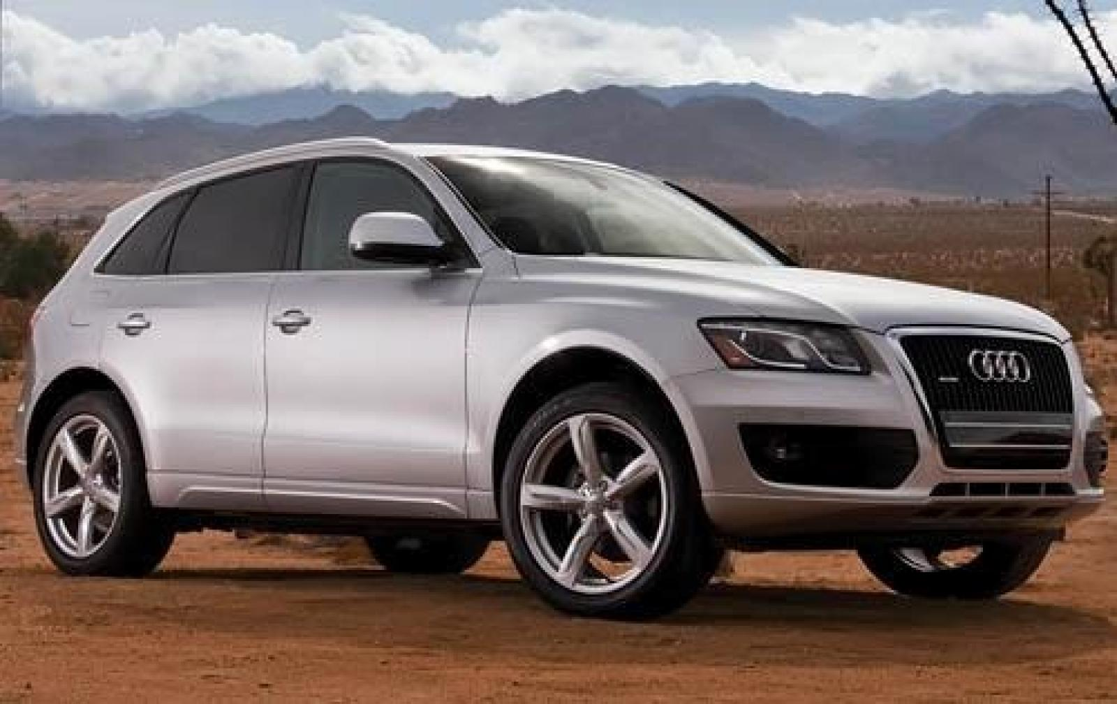 2012 audi q5 information and photos zombiedrive. Black Bedroom Furniture Sets. Home Design Ideas