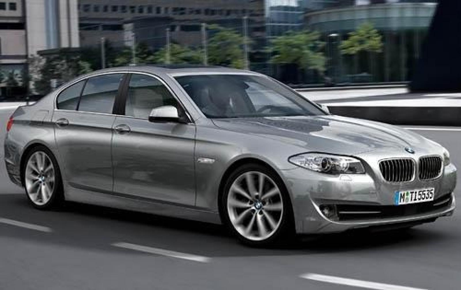 2011 bmw 5 series information and photos zombiedrive. Black Bedroom Furniture Sets. Home Design Ideas