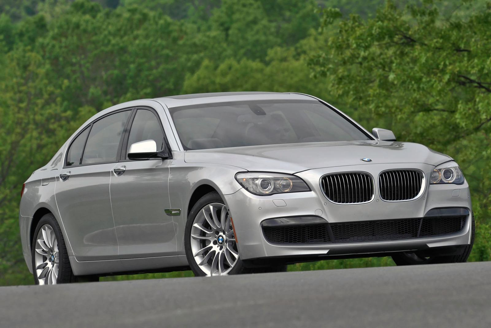 2011 bmw 7 series information and photos zombiedrive. Black Bedroom Furniture Sets. Home Design Ideas