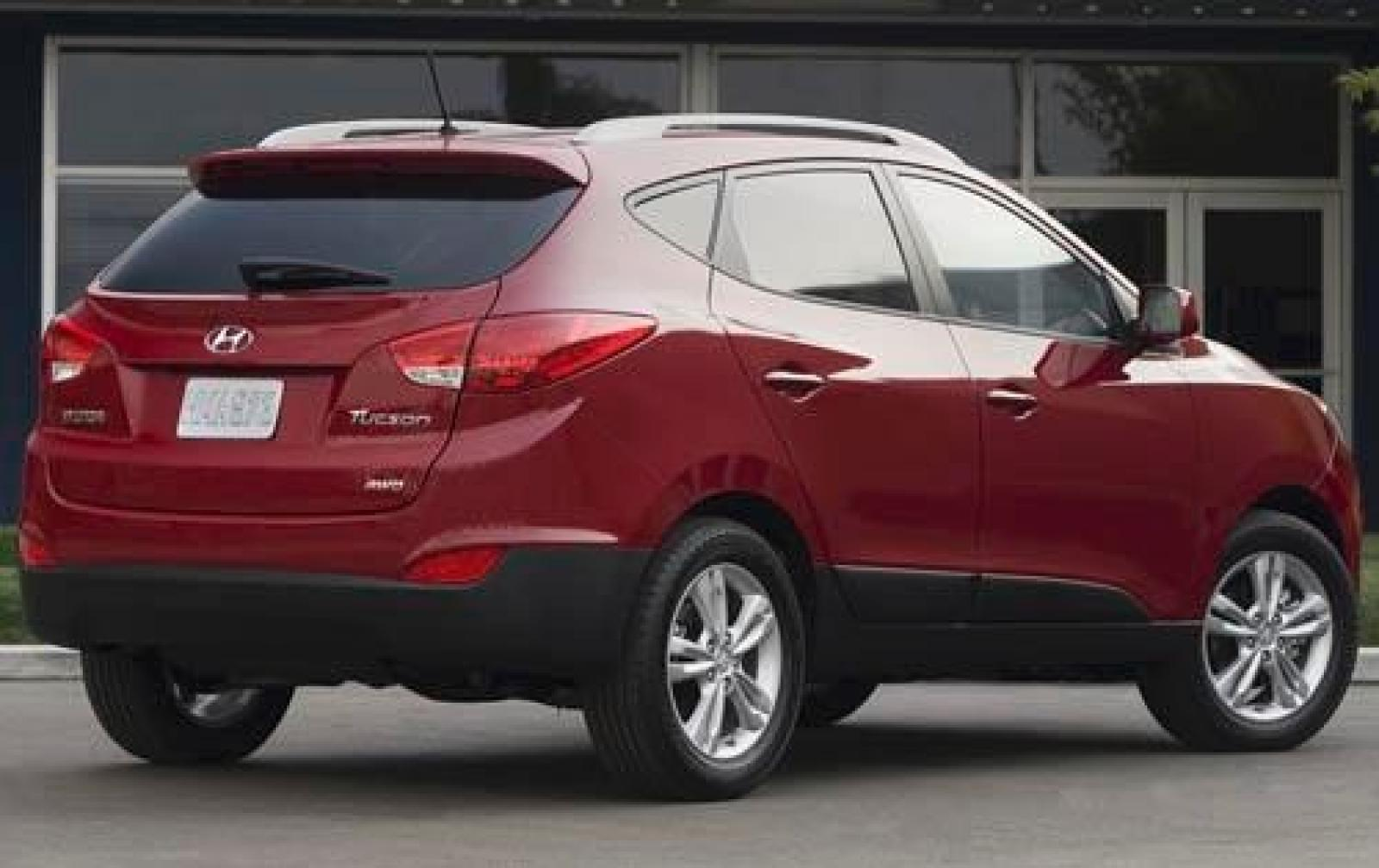 2011 hyundai tucson information and photos zombiedrive. Black Bedroom Furniture Sets. Home Design Ideas