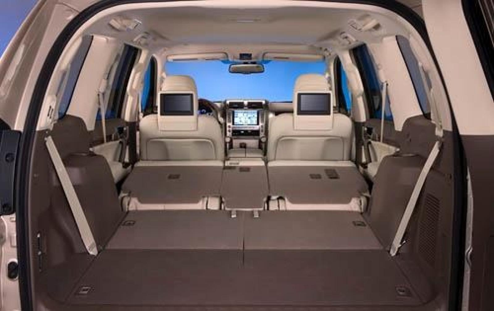 2011 lexus gx 460 center interior 8 800 1024 1280 1600 origin