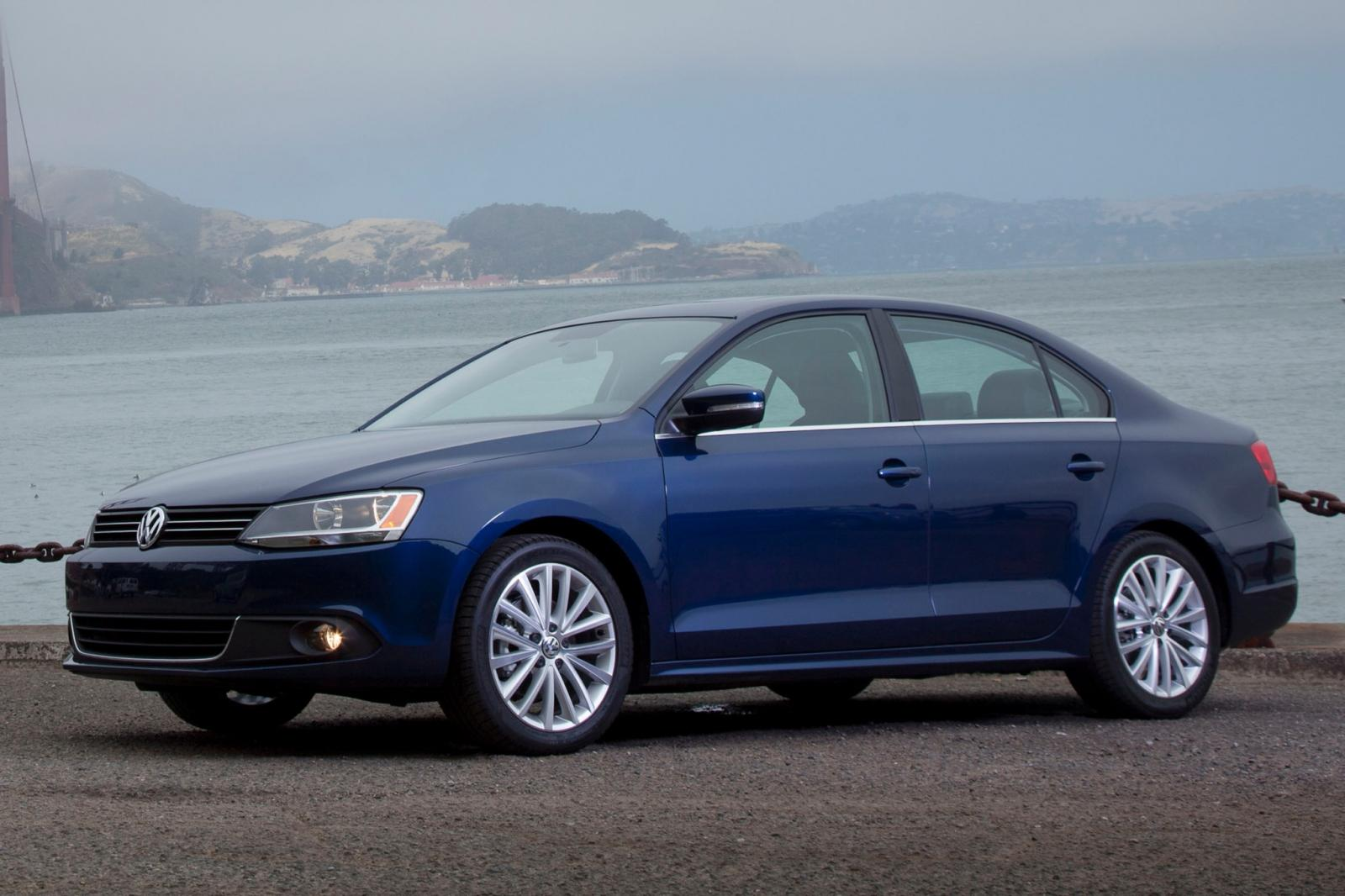 2011 volkswagen jetta information and photos zombiedrive. Black Bedroom Furniture Sets. Home Design Ideas