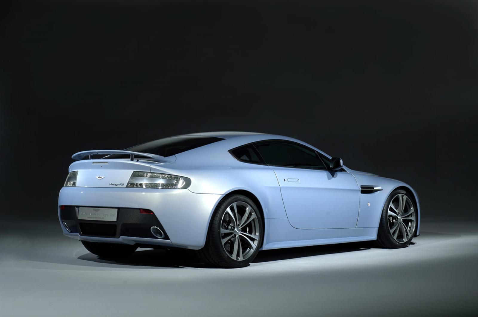 2012 Aston Martin V12 Vantage Information And Photos Zombiedrive