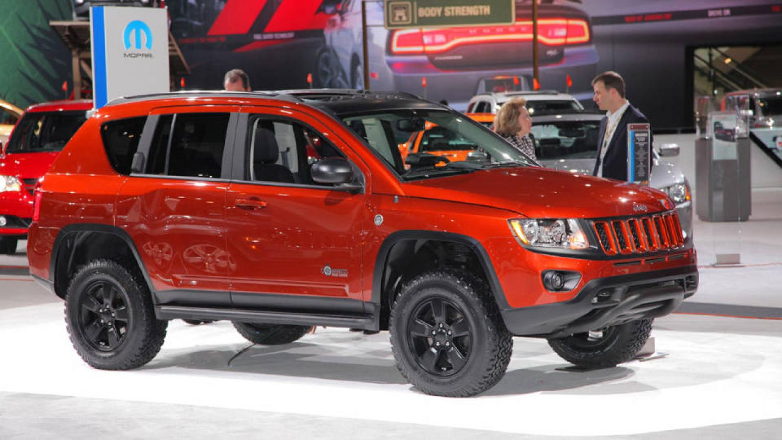 Jeep Renegade Lifted >> 2012 Jeep Compass - Information and photos - ZombieDrive