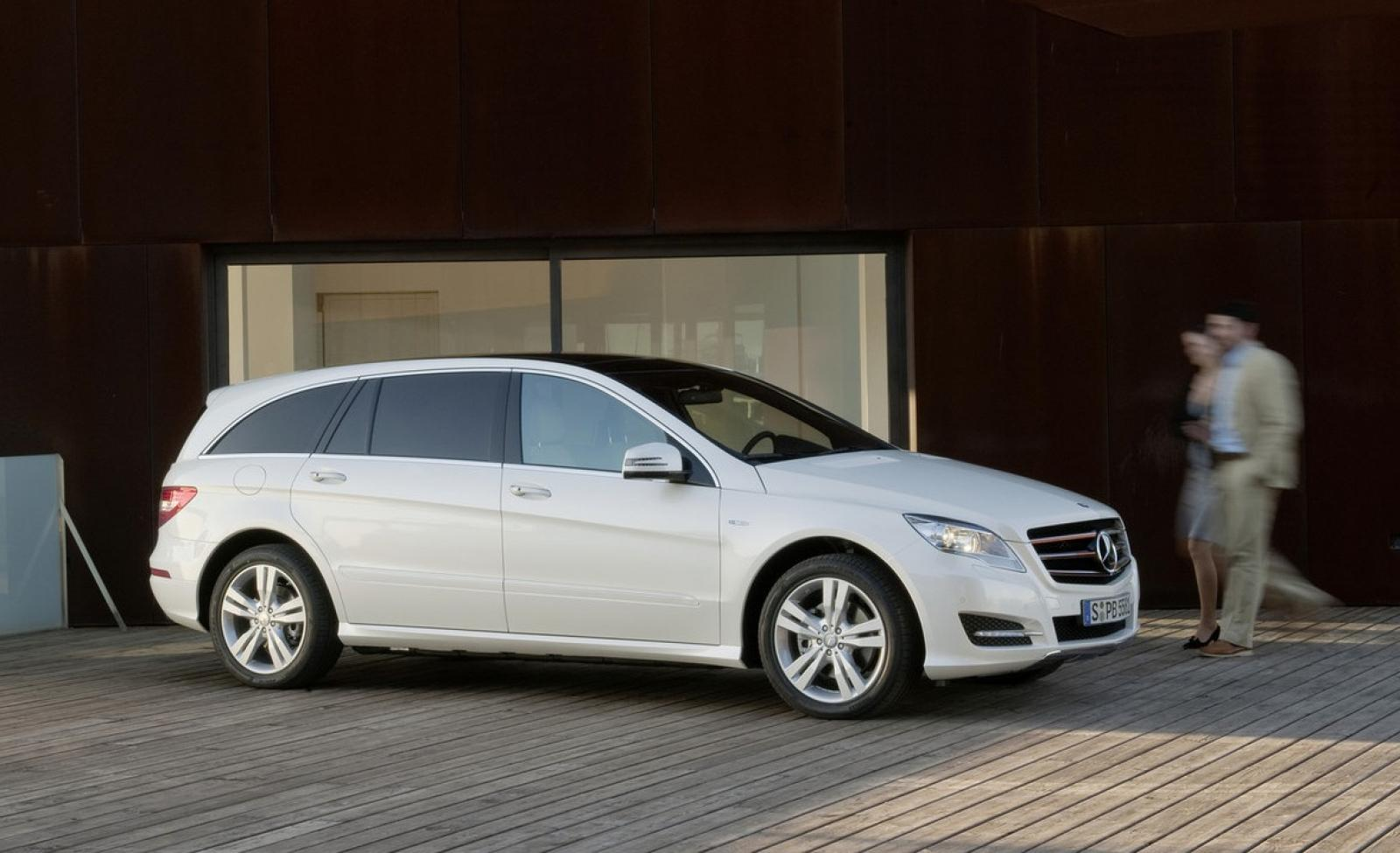 2012 mercedes benz r class information and photos. Cars Review. Best American Auto & Cars Review