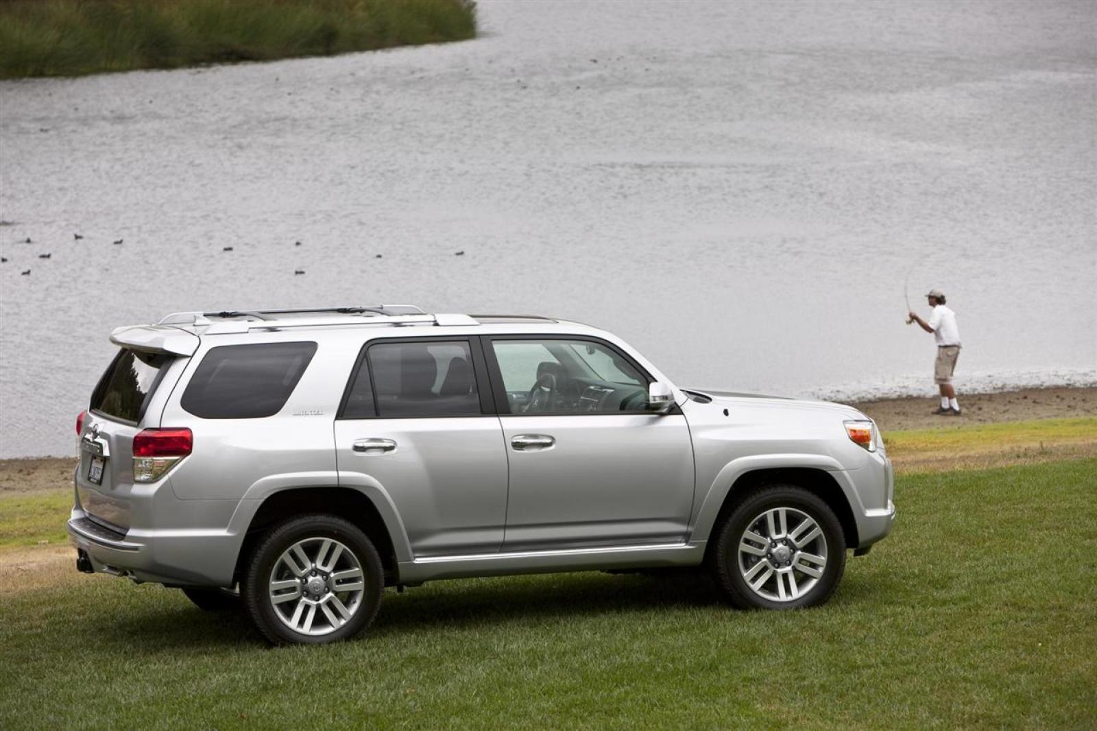 2012 toyota 4runner information and photos zombiedrive. Black Bedroom Furniture Sets. Home Design Ideas