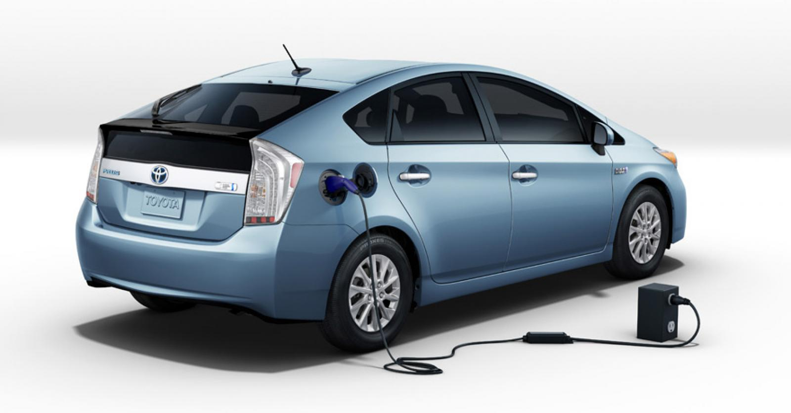 2012 toyota prius plug in information and photos zombiedrive. Black Bedroom Furniture Sets. Home Design Ideas