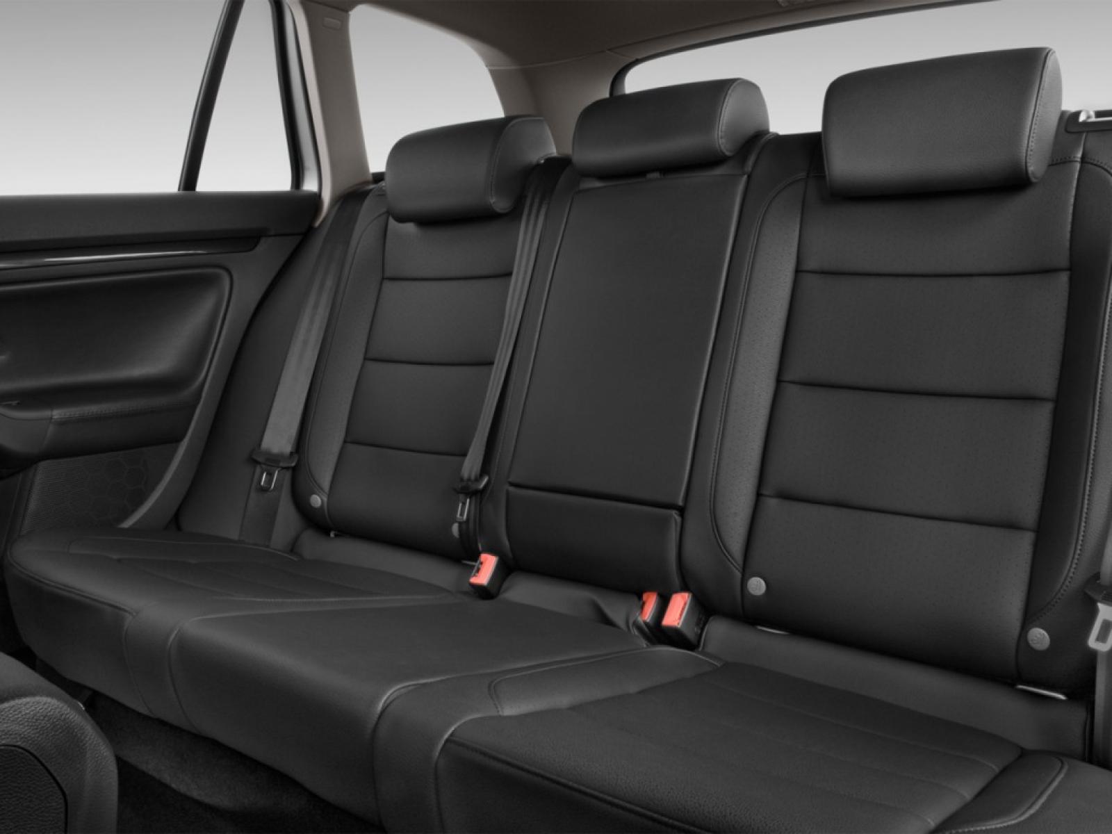 2012 Volkswagen Jetta SportWagen - Information and photos