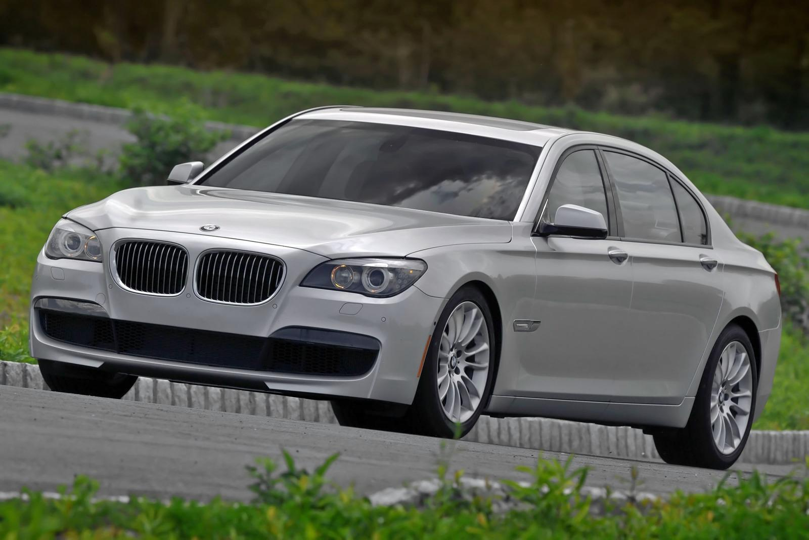 2012 bmw 7 series information and photos zombiedrive. Black Bedroom Furniture Sets. Home Design Ideas