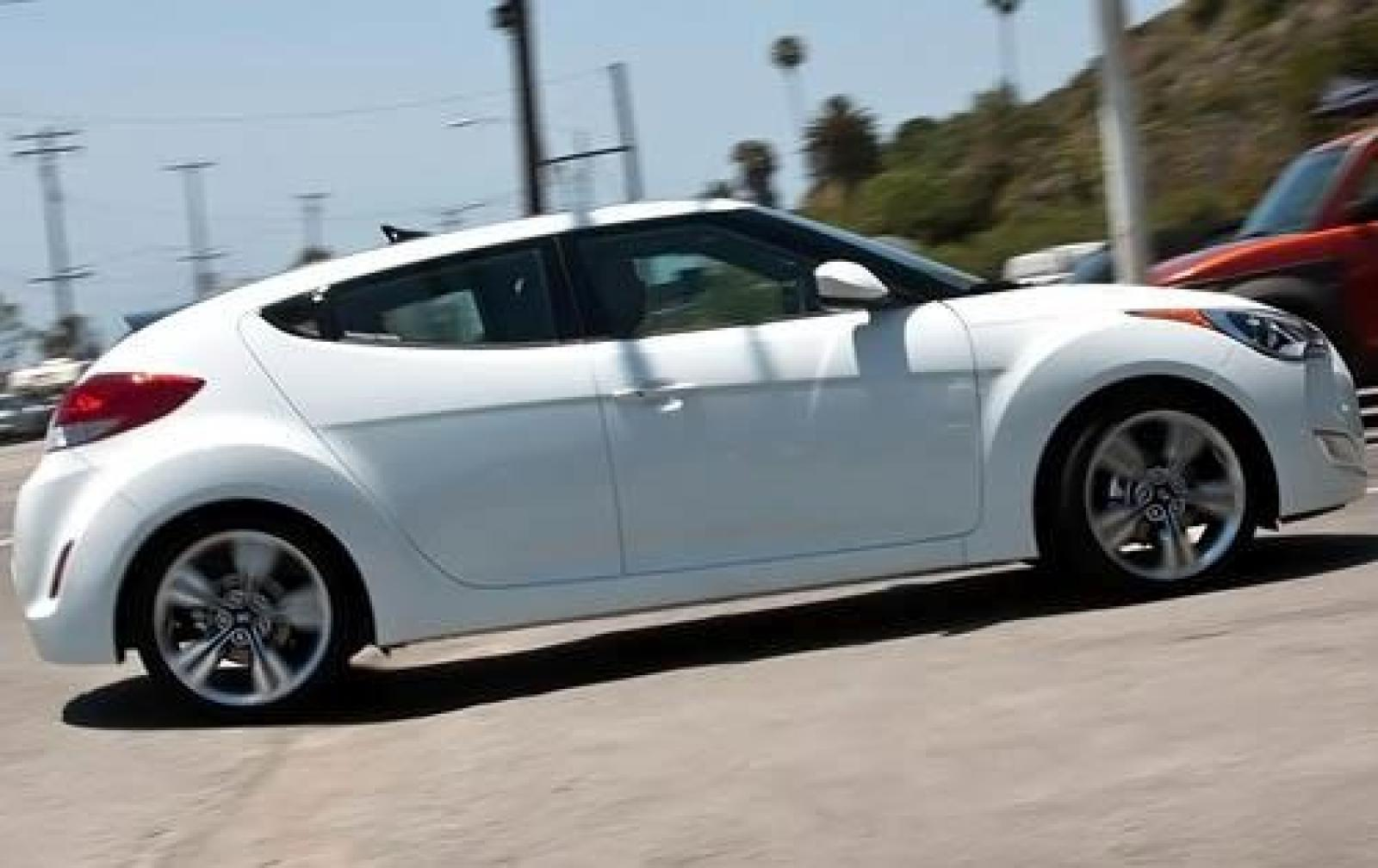 2012 Hyundai Veloster - Information and photos - ZombieDrive