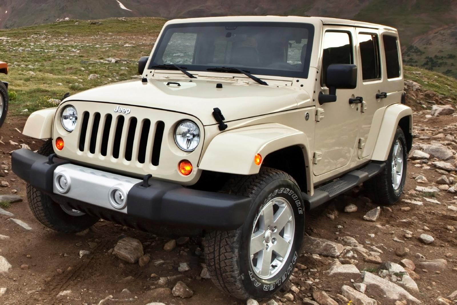 2012 jeep wrangler information and photos zombiedrive. Black Bedroom Furniture Sets. Home Design Ideas
