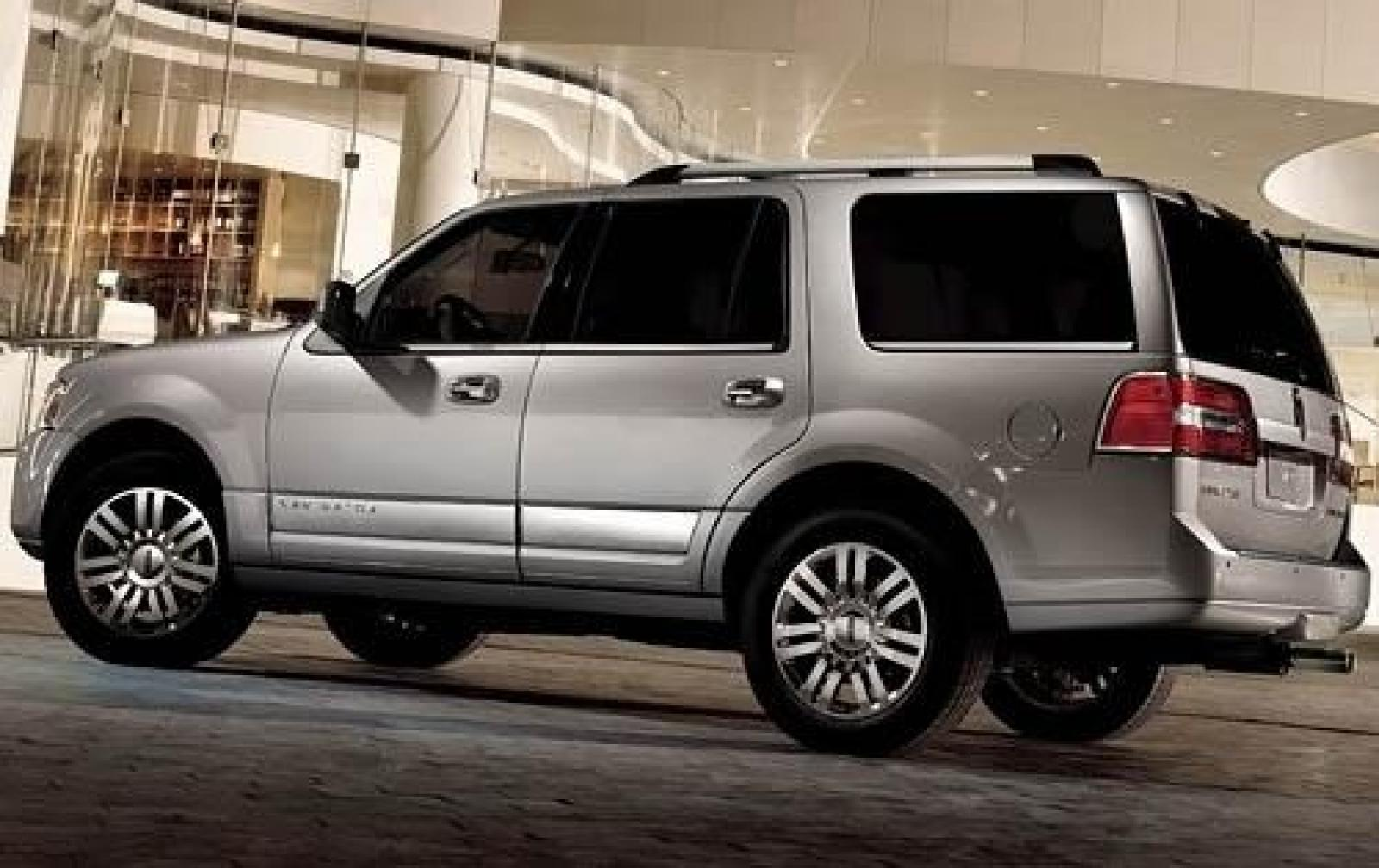 2012 lincoln navigator information and photos zombiedrive. Black Bedroom Furniture Sets. Home Design Ideas