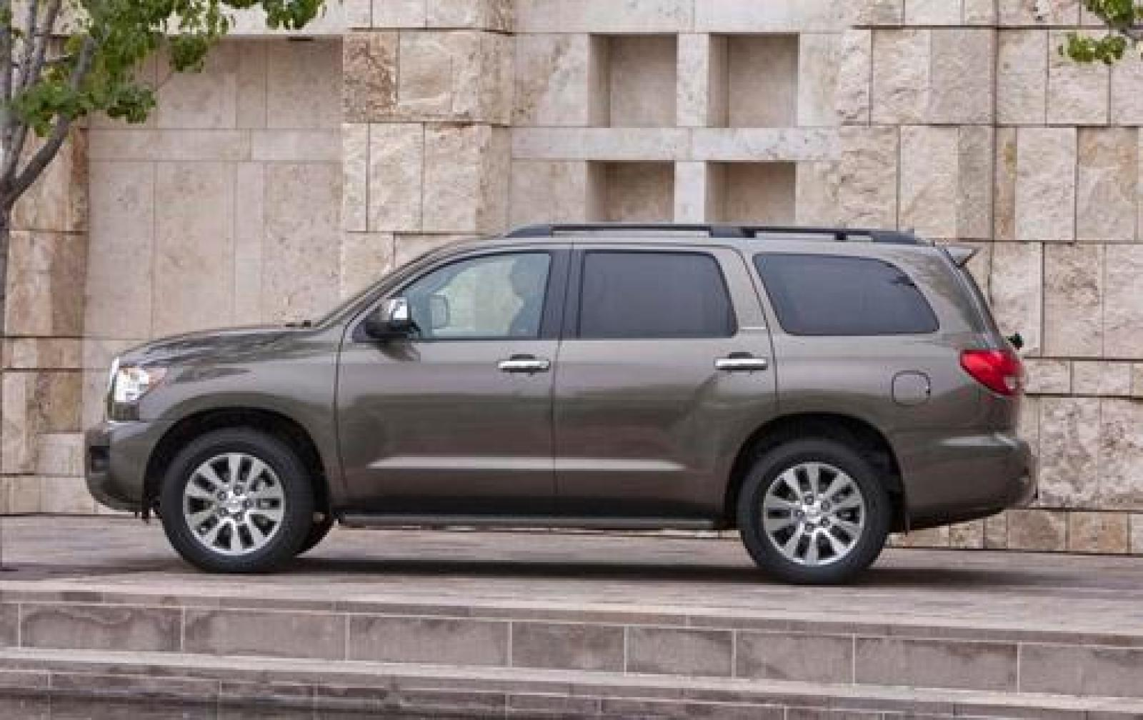2012 toyota sequoia information and photos zombiedrive. Black Bedroom Furniture Sets. Home Design Ideas