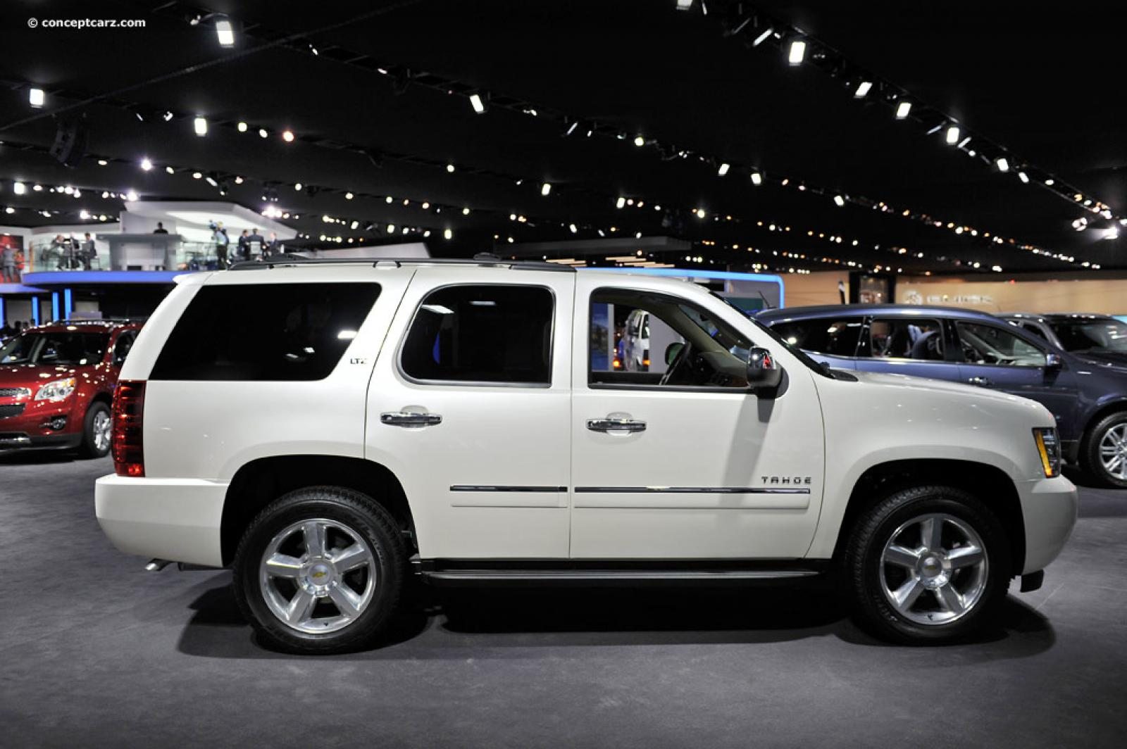 2013 chevrolet tahoe information and photos zombiedrive. Black Bedroom Furniture Sets. Home Design Ideas