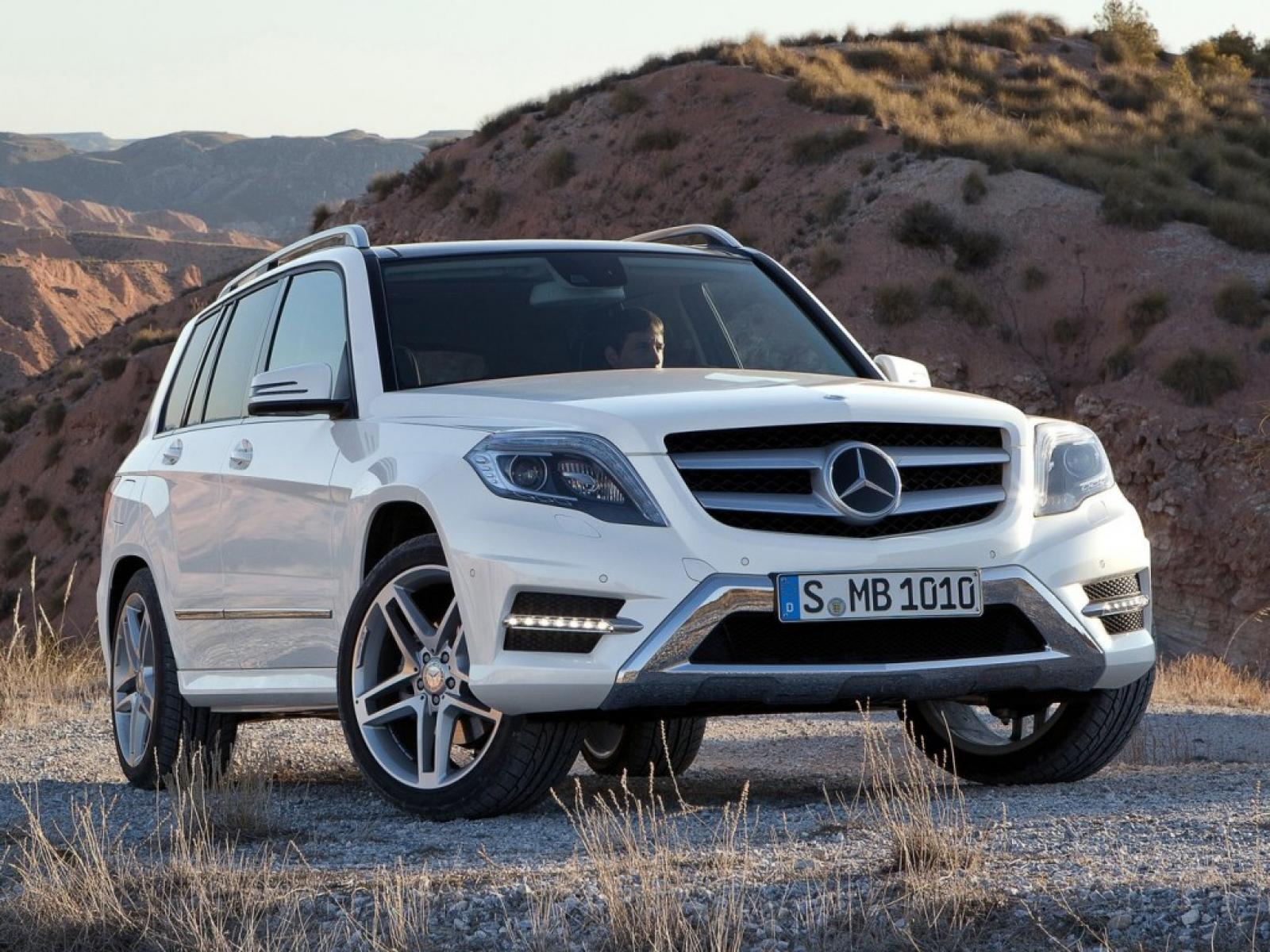 2017 Mercedes Benz Glk Cl Information And Photos Zombiedrive