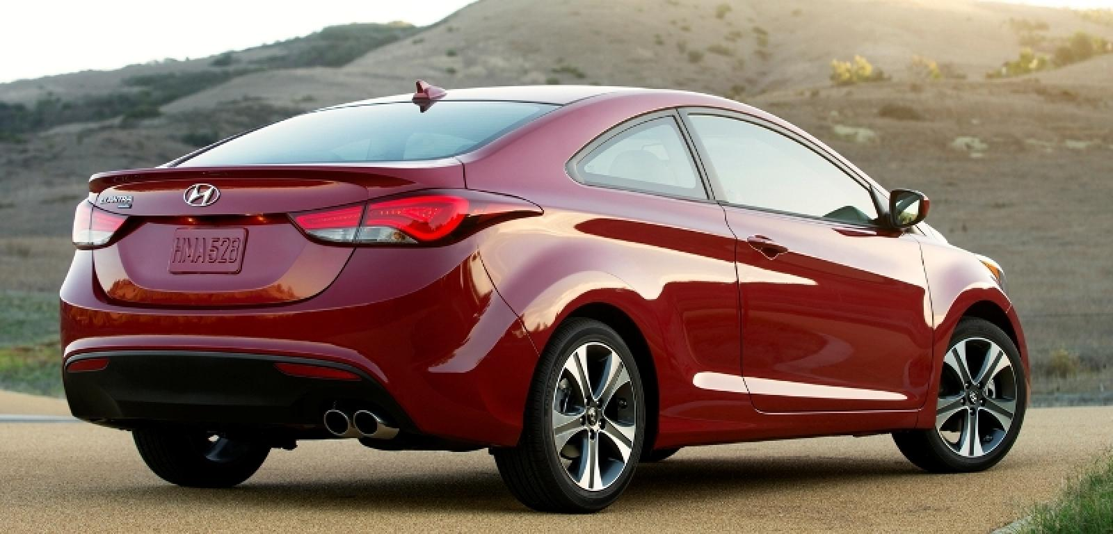 2014 hyundai elantra coupe information and photos zombiedrive. Black Bedroom Furniture Sets. Home Design Ideas