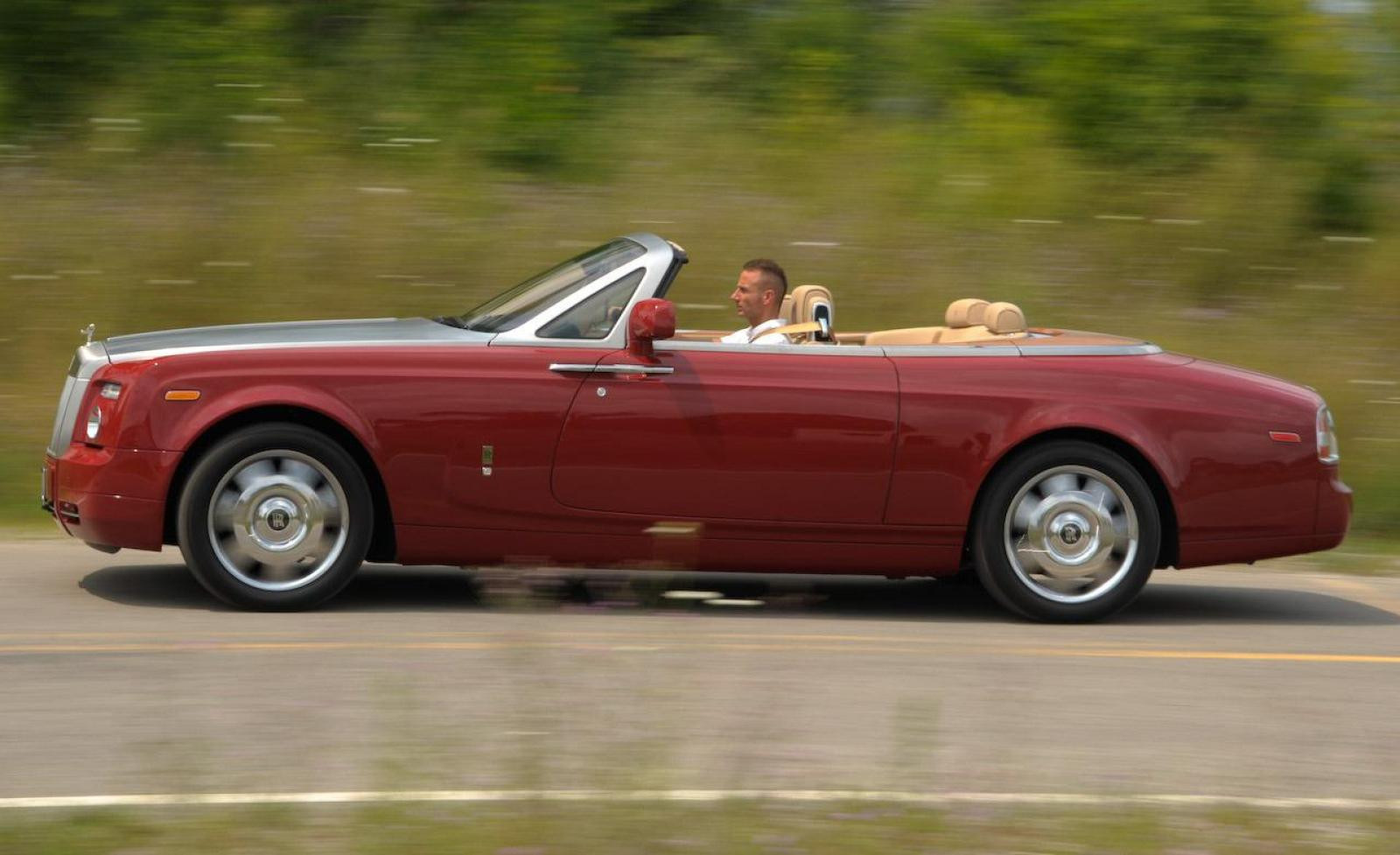 2014 rolls royce phantom drophead coupe information and photos zombiedrive. Black Bedroom Furniture Sets. Home Design Ideas