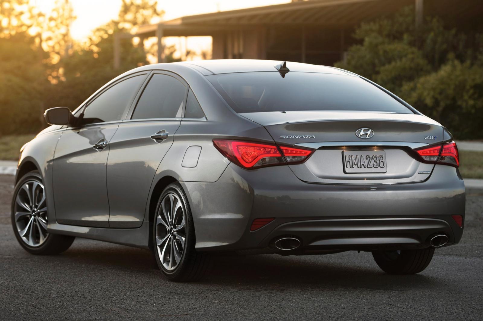 Hyundai Sonata vs Subaru Legacy  CarGurus