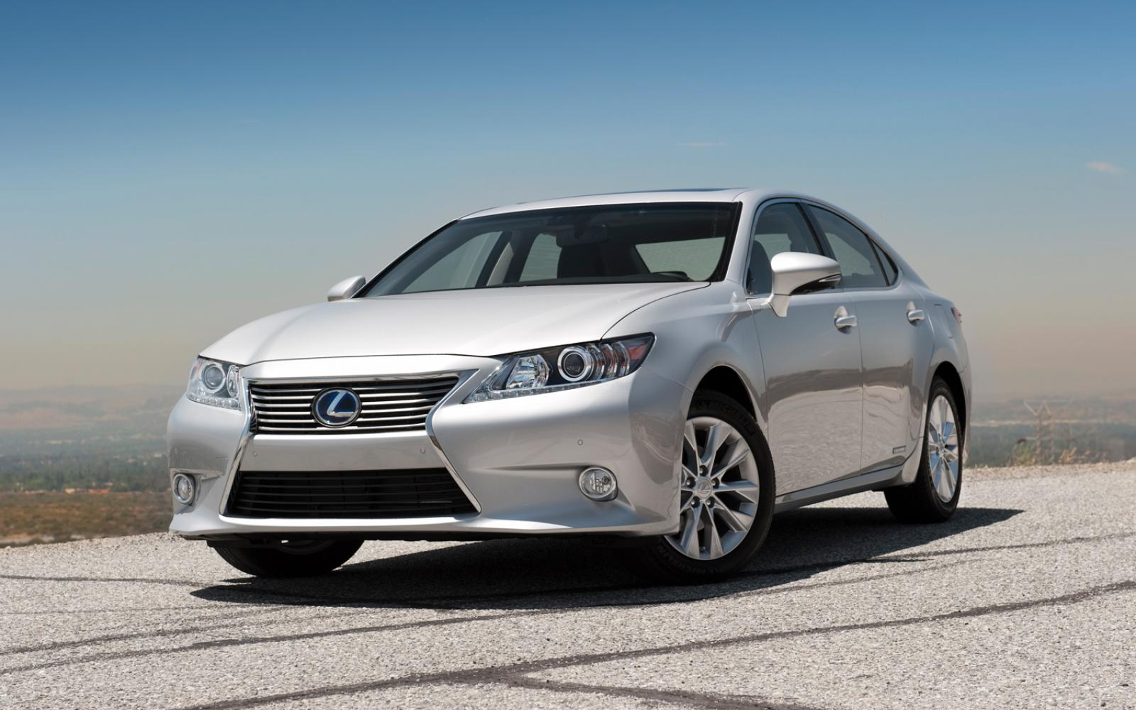2015 lexus es 300h information and photos zombiedrive. Black Bedroom Furniture Sets. Home Design Ideas