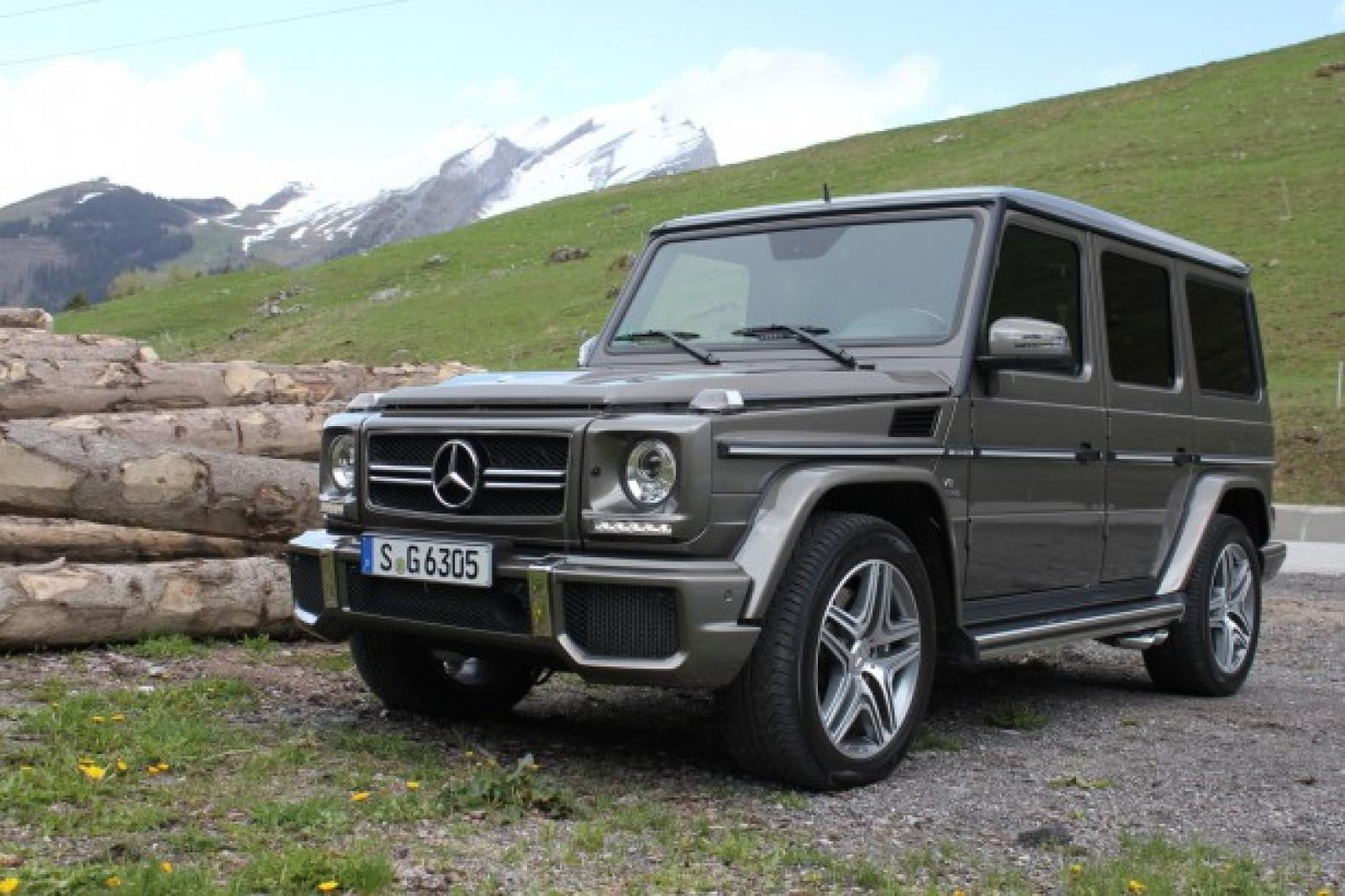 2015 mercedes benz g class information and photos. Black Bedroom Furniture Sets. Home Design Ideas