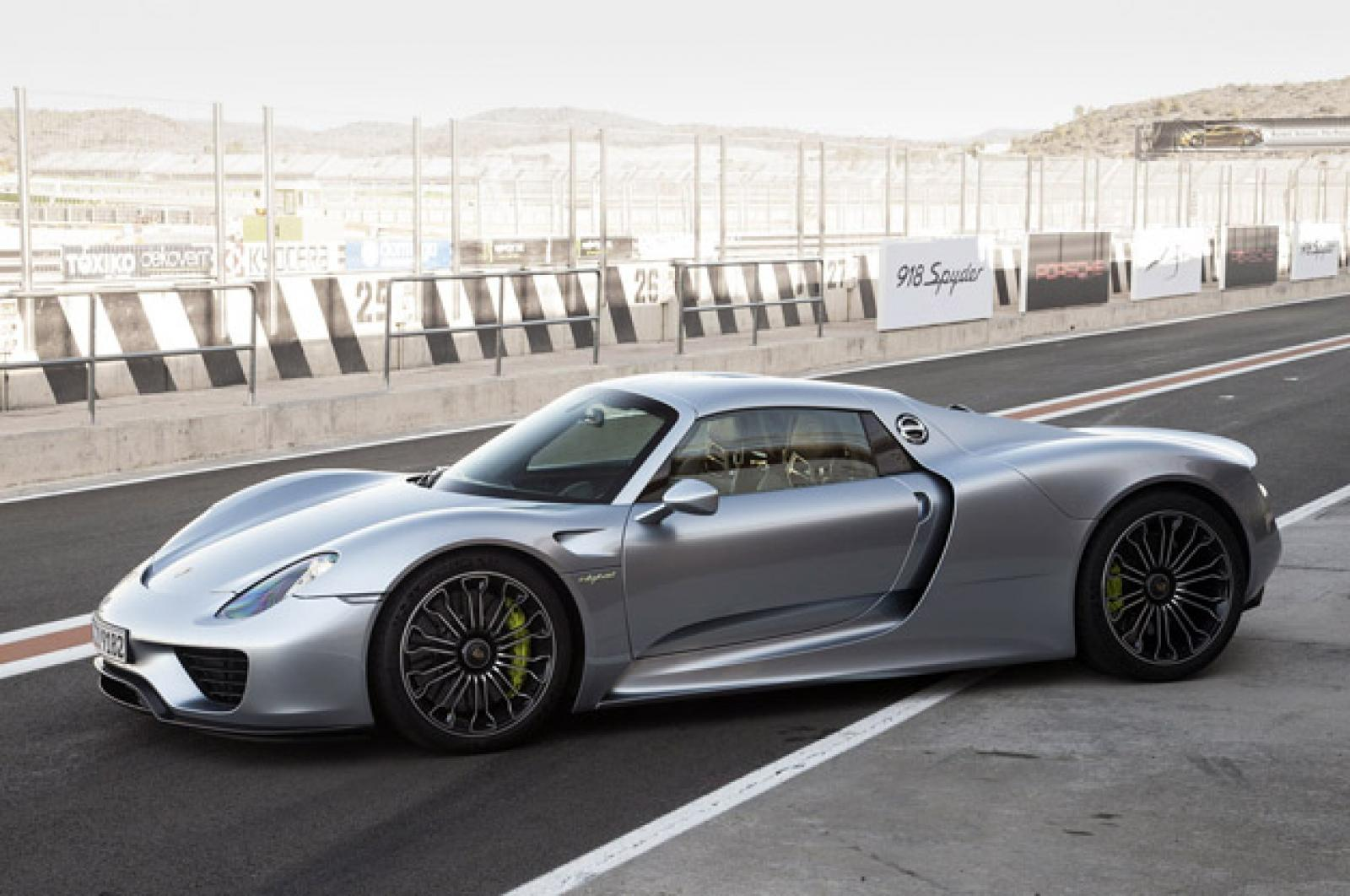 2015 Porsche 918 Spyder 1 800 1024 1280 1600 Origin