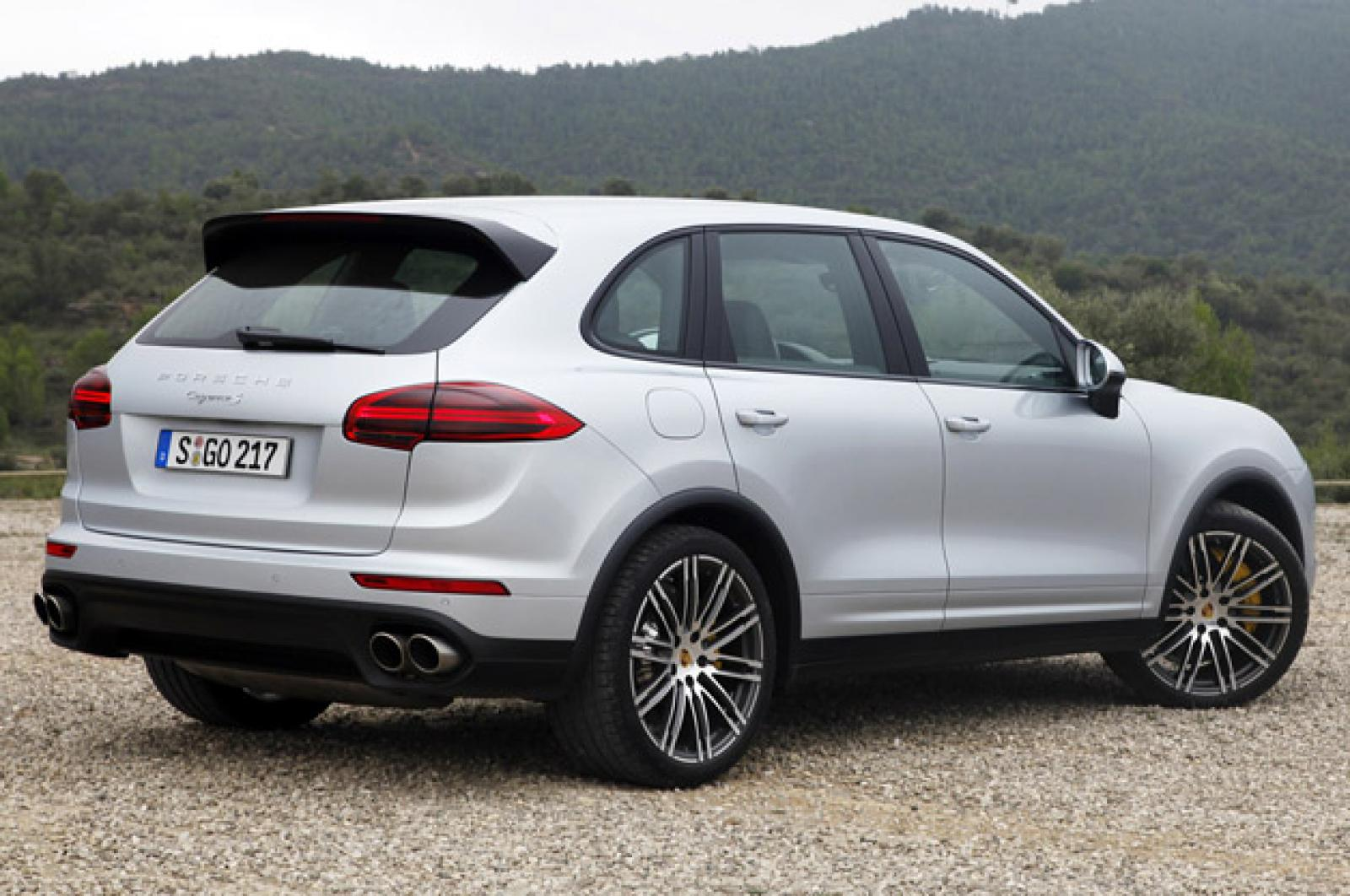 2015 Porsche Cayenne - Information and photos - ZombieDrive