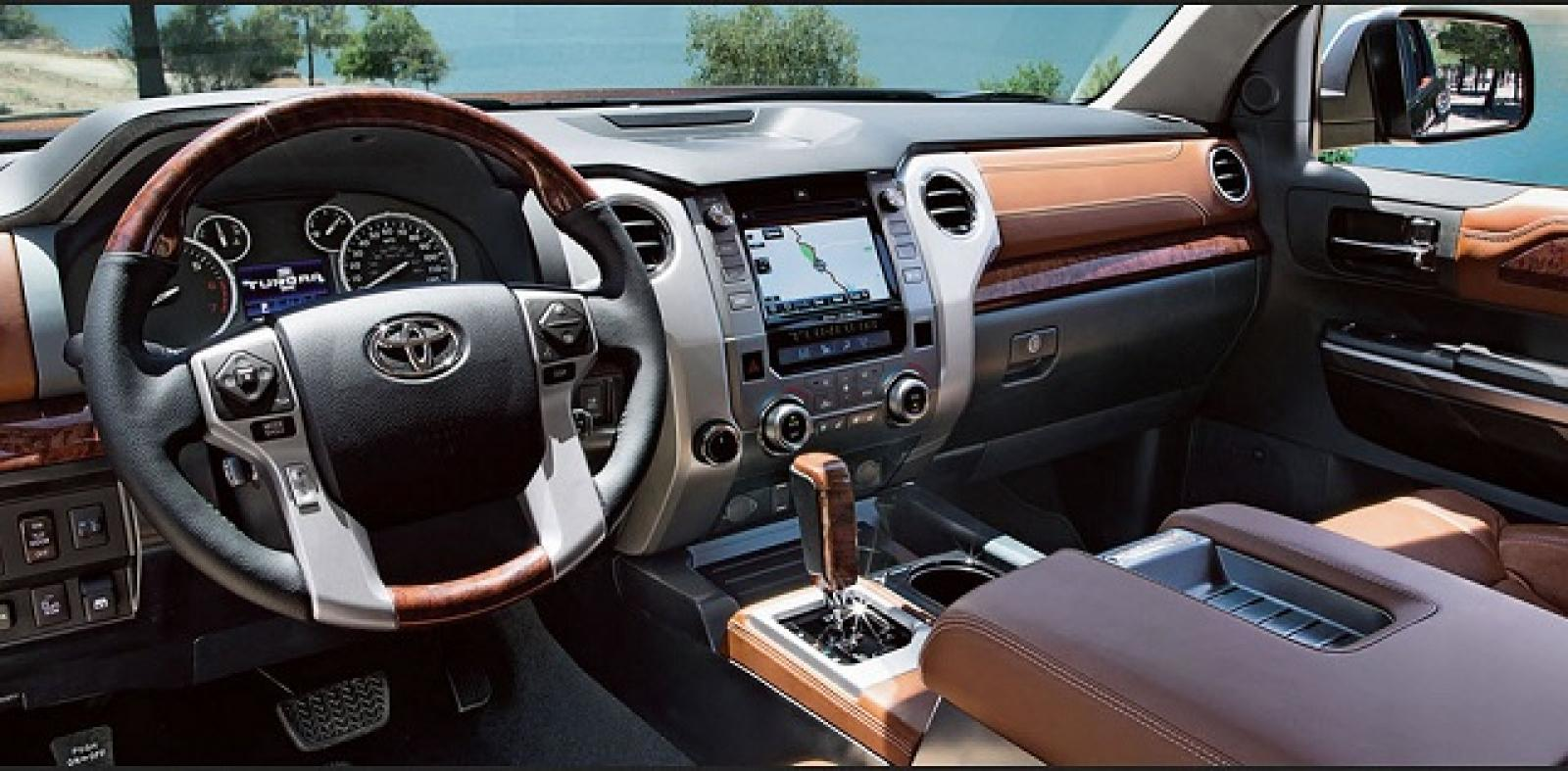 2015 Toyota Land Cruiser Information And Photos
