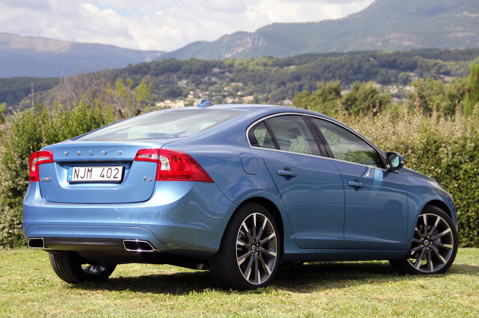 2015 Volvo S60 - Information and photos - ZombieDrive