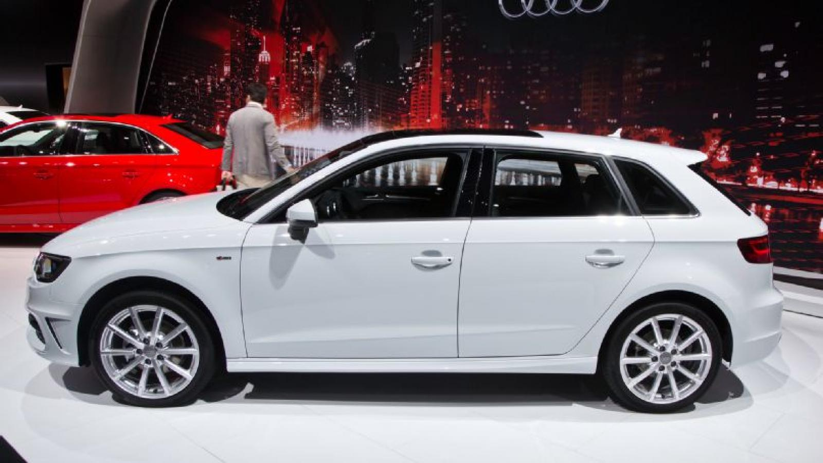 photo audi general tdi line features s sportback and auto powertrain