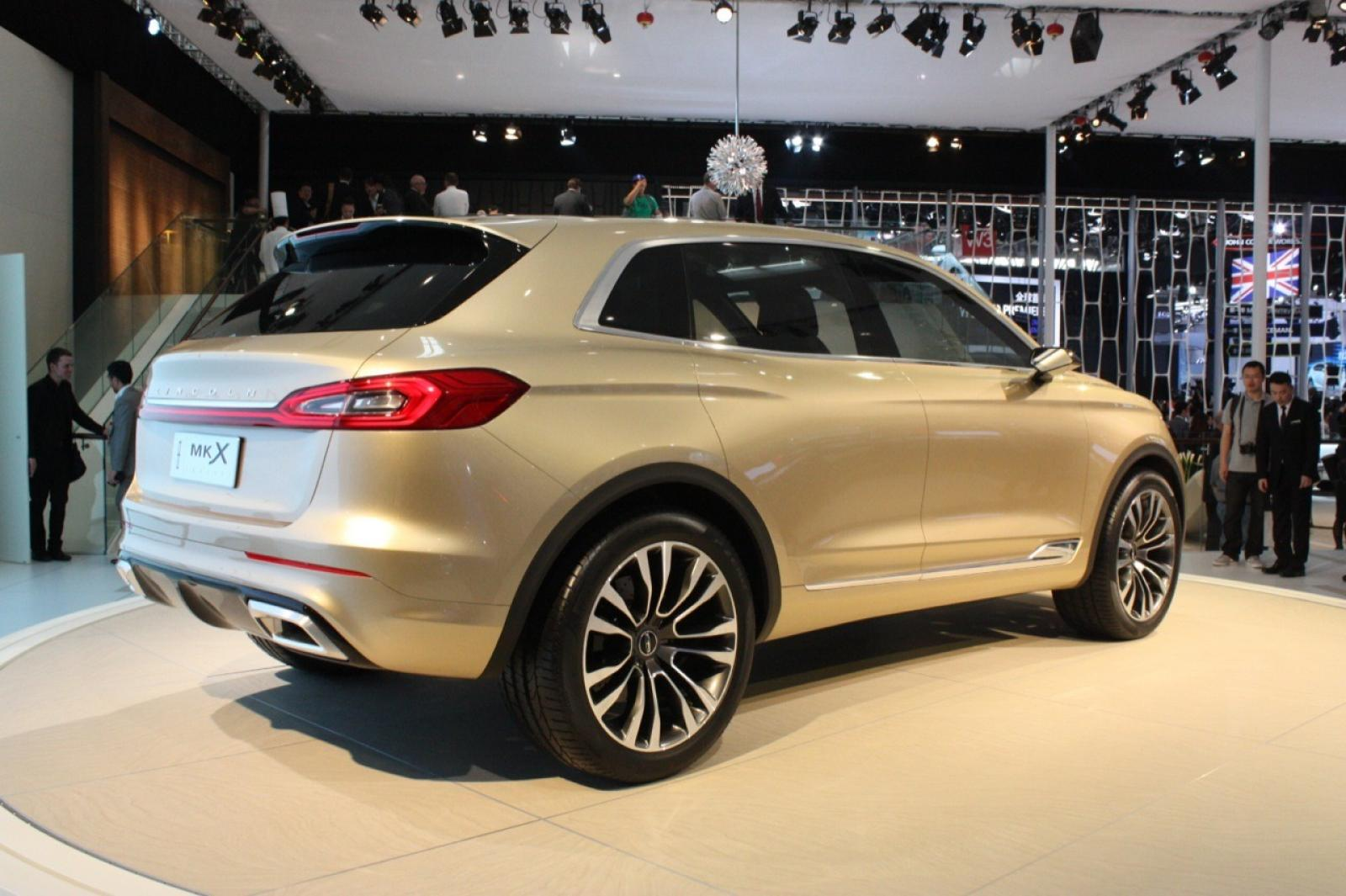 car front three news lincoln personal the luxury review new mkx mkt quarter