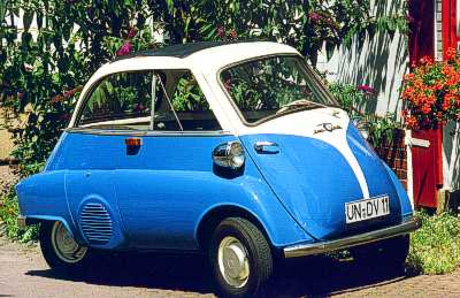 A Bubble Bmw Isetta Car Busts A Move