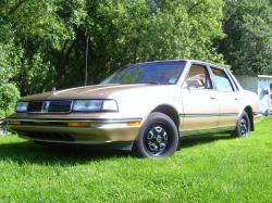1990 Oldsmobile Cutlass Ciera #13